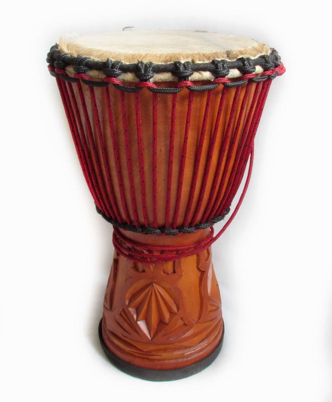 этнический барабан джембе
